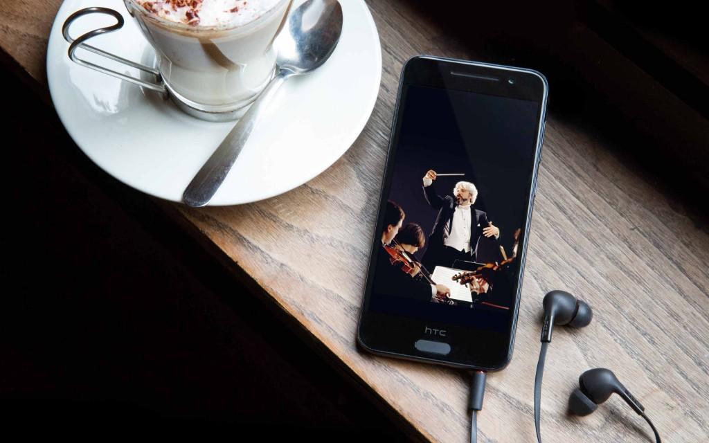 [144093]vua_an_vua_smartphone
