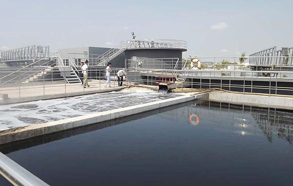 Kiểm-tra-hệ-thống-xử-lý-nước-thải-tại-Khu-công-nghiệp-Thuận-Đạo-copy