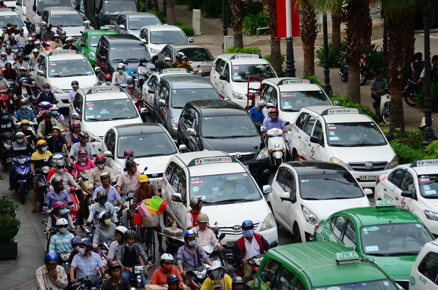 Image result for Làm sao để hạn chế kẹt xe