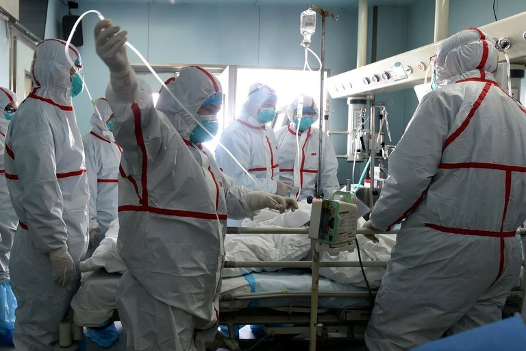 Đã có gần 1.600 người dương tính với virus cúm H7N9 ở Trung Quốc từ tháng 10/2016 đến nay, trong đó 40% người tử vong. Tình trạng được mô tả là 'đợt sóng nhiễm H7N9 thứ 5' và các chuyên gia đang cảnh báo về một đại dịch cúm toàn cầu.