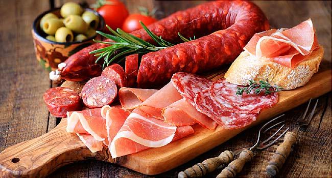 """Nghiên cứu của một nhóm nhà khoa học thuộc Khoa Sức khỏe dân số Nuffield đại học Oxford cho thấy nếu có """"thuế thịt"""" trên toàn cầu thì mỗi năm sẽ giảm được 220.000 ca tử vong và 41 tỷ USD cho chăm sóc sức khỏe"""
