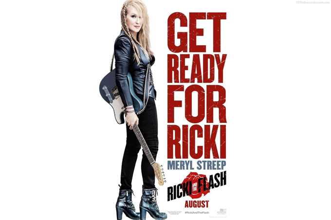 """Meryl Streep ôm cây guitar trông """"dữ dằn"""" để vào vai nữ rocker cựu trào cần tìm lại danh vọng trong phim Ricki and the Flash"""