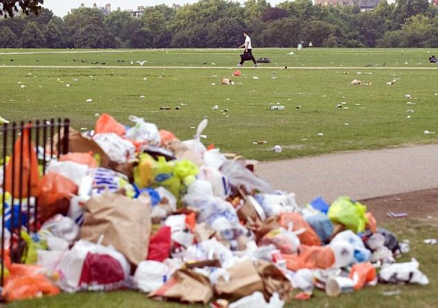 Nghiên cứu của Đại học Laicester cho biết đời sống hoang dã đã thích nghi với rác nhựa.