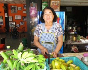 [143765]4._Co_Che__chu_quan_the_he_thu_3_cua_Good_Morning_Vietnam___Coffee_o_Nakhon_Phanom__Thai_Lan.