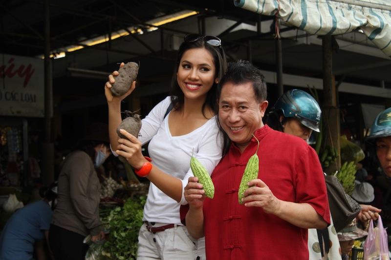 Á hậu Hoàng My đồng hành cùng Yan Can Cook trong Taste of Vietnam 2012 - Ảnh nhân vật cung cấp