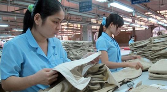ILO cho biết trong hai thập niên tới Việt Nam sẽ có khoảng 86% công nhân dệt may phải đối mặt với tình trạng thất nghiệp do năng suất lao động thấp.