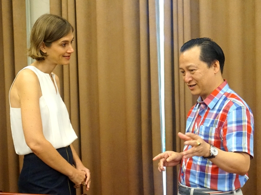 Ong Ho Trong Khai, GD CN Pepsico tai CT giao luu cung dien gia