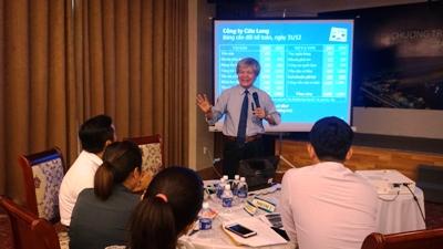Thay Nguyen Tấn Bình khuyên DN nên tái cấu trúc khi DN còn đang khỏe