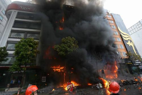 Vụ cháy quán karaoke phố Trần Thái Tông (Hà Nội). Ảnh: Bá Đô/VnExpress