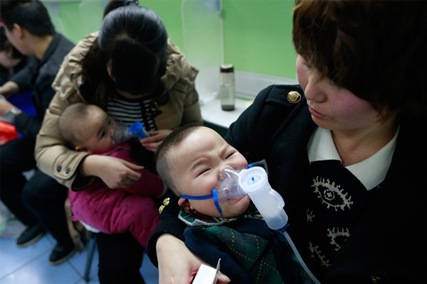 images707026_Children-with-respiratory-i