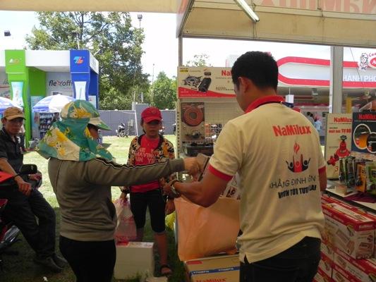 2. NTD Bình Định mua sản phẩm của NaMilux