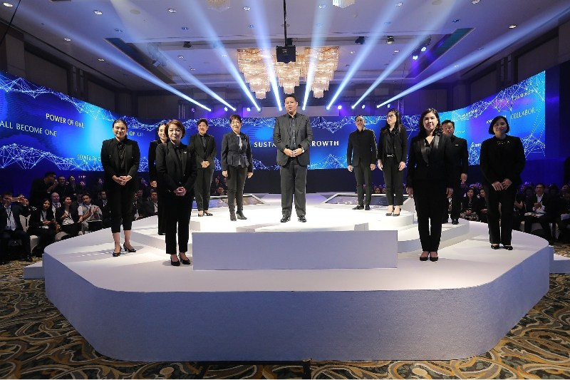 TCEB organises Thailand MICE Forum 2017, Establishing as the first-ever Thailand MICE Week, the event showcases the bureau's plan for the fiscal year 2018 and future direction of the country's MICE industry. (PRNewsfoto/TCEB)