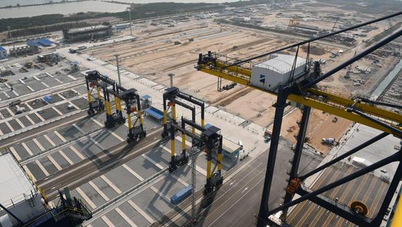 Nhà ga mới ở cảng Laem Chabang dự kiến mở cửa vào năm 2028, nhưng hiện giờ một số công đoạn đã sẵn sàng hoạt động vào tháng 7.